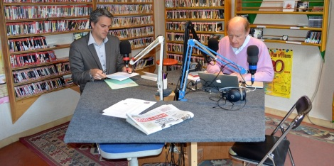 Sébastien Denaja et Patrick Delbac dans les studios de RPH à Montagnac