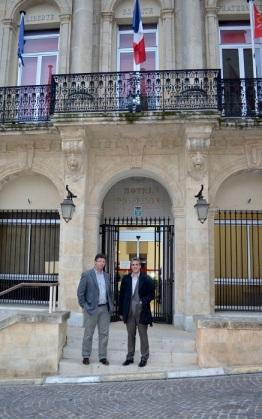 Sébastien Denaja et Christophe Thomas, Maire de Servian